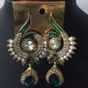 Kolczyki z zielenia perelki cyrkonie
