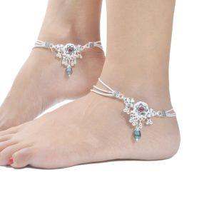 Bransoletka srebrna na noge ozdobiona