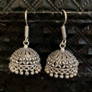 Kolczyki jhumki w kolorze srebrnym