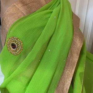 Saree sari jasno zielone ze zlotem, lusterka