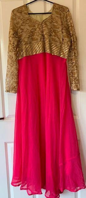 Sukienka rozowa ze zlotem M/L