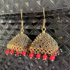 Kolczyki zlote piramidy z koralikami