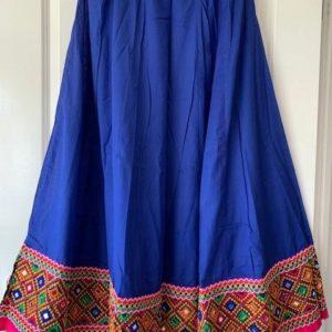 Spodnica niebieska kolorowy dol