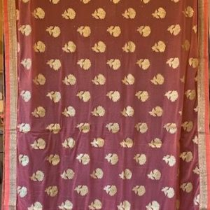 Sari granatowo rozowe ze zlotem, cekiny 053