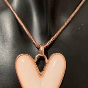 Naszyjnik z lancuszkiem – serce