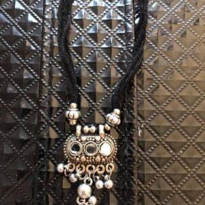 Naszyjnik tribal srebrno czarny lusterka 658
