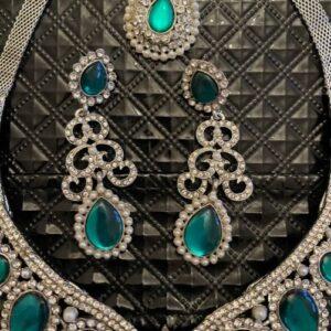 Komplet bizuterii srebrny, cyrkonie, zielone oczka  T206
