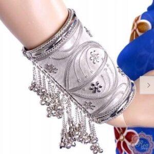 Bransoletka na rękę otwierana dzwonki