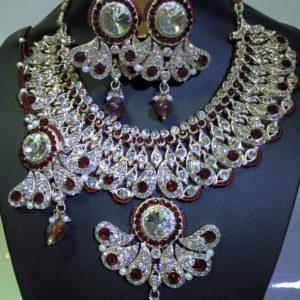 Komplet srebrno czerwony cyrkonie krysztaly 574