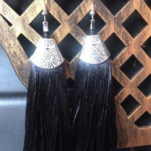 Dlugie kolczyki srebrno czarne