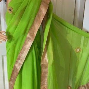 Saree sari  zielone ze zlotem wyszycia 009