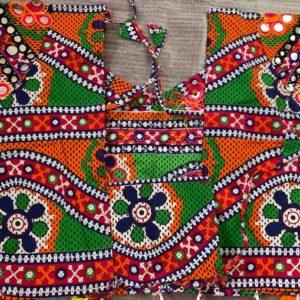 Choli kolorowe lusterka pompony 174