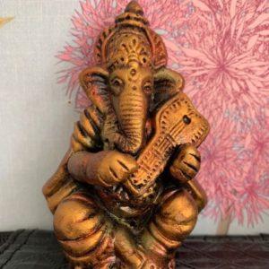 Ganesh figurka gliniana