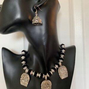 Komplet bizuterii Ganesh srebrno czarny 493