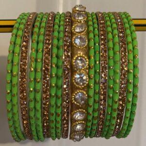 Bangle jasna zielen, zloto, cyrkonie 6,3 cm T90