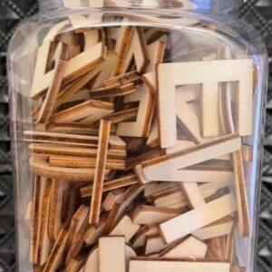 Drewniane literki zestaw 136 szt  T205