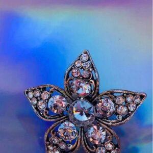 Pierscionek duzy kwiatek cyrkonie Indie